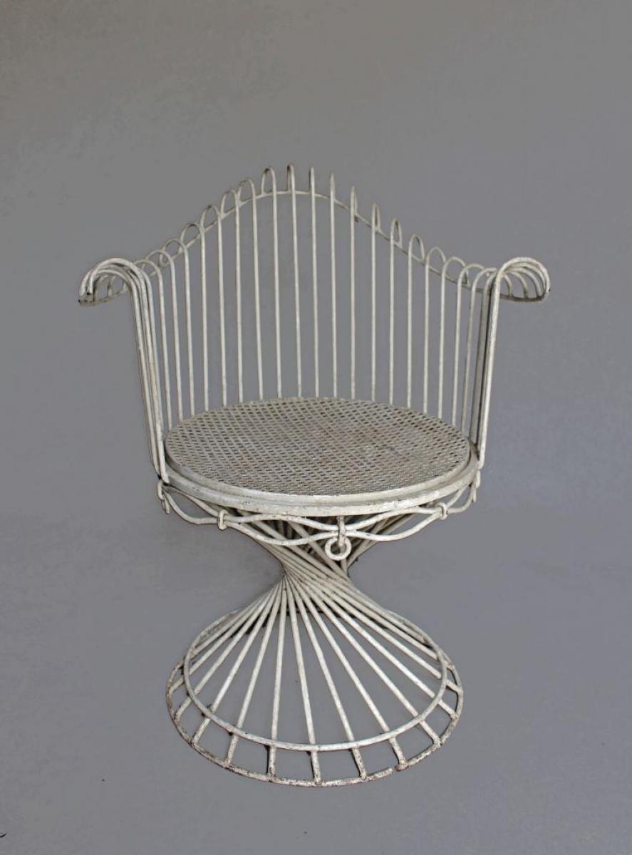 Tavola e sedie di mathieu mategot galerie tramway for Tavola e sedie