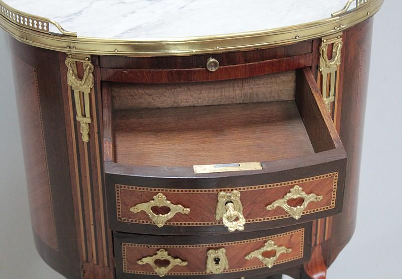 Cassetto dei cassetti in stile francese di transizione for Piani di casa in stile francese