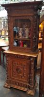 RENAISSANCE STYLE HIGH BUFFET CUPBOARD