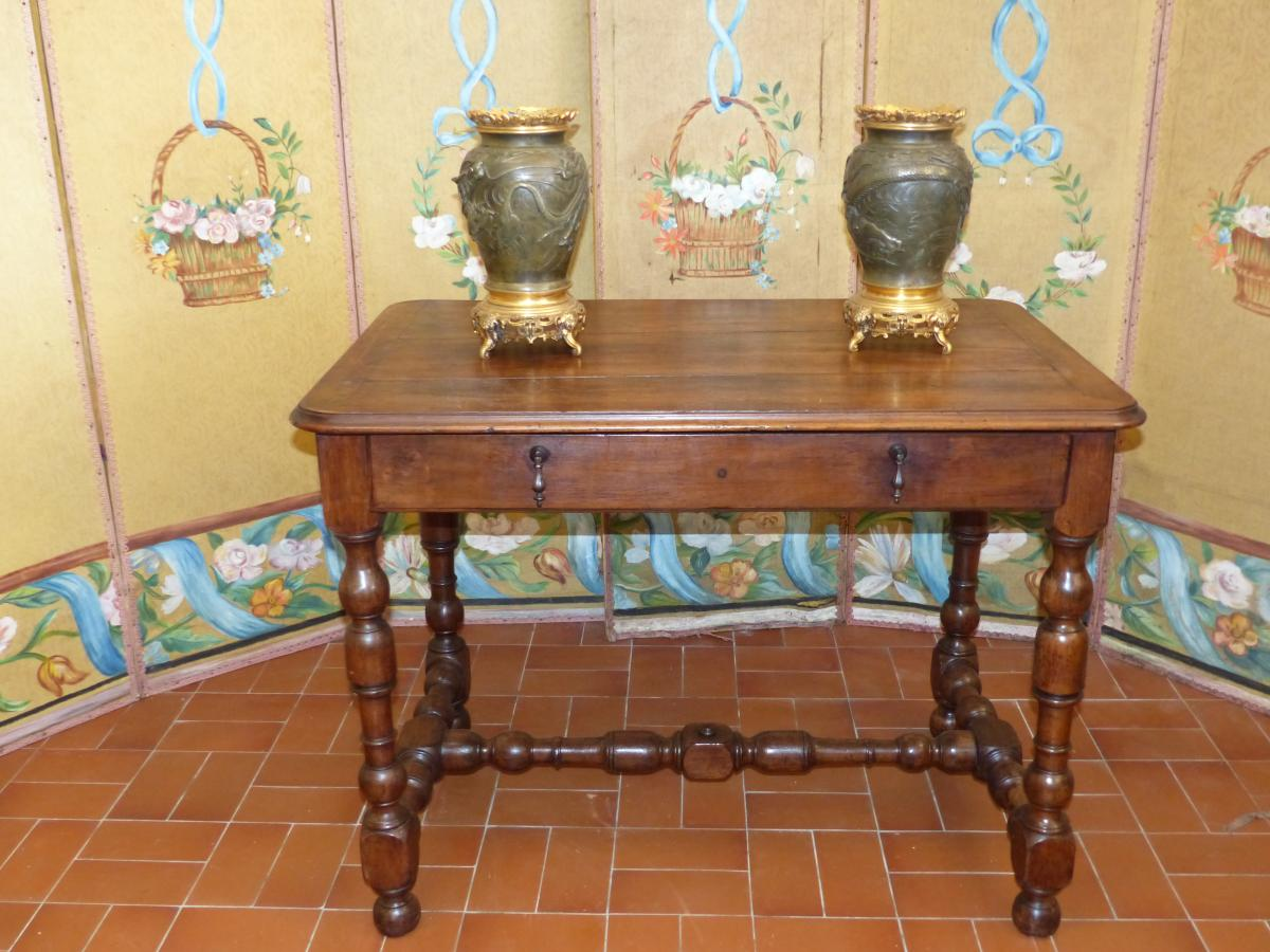 Salon Table -Office Louis XIII Circa XVIIth Walnut