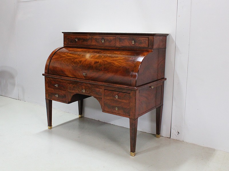 Imposing desk with Directoire cylinder - XVIII