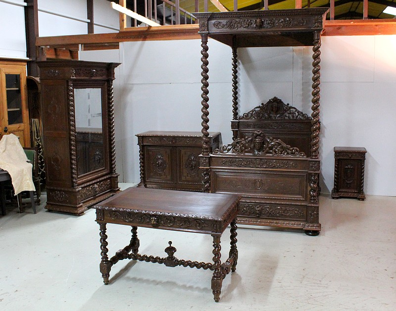 Louis XIII four-poster canopy set - 19th century