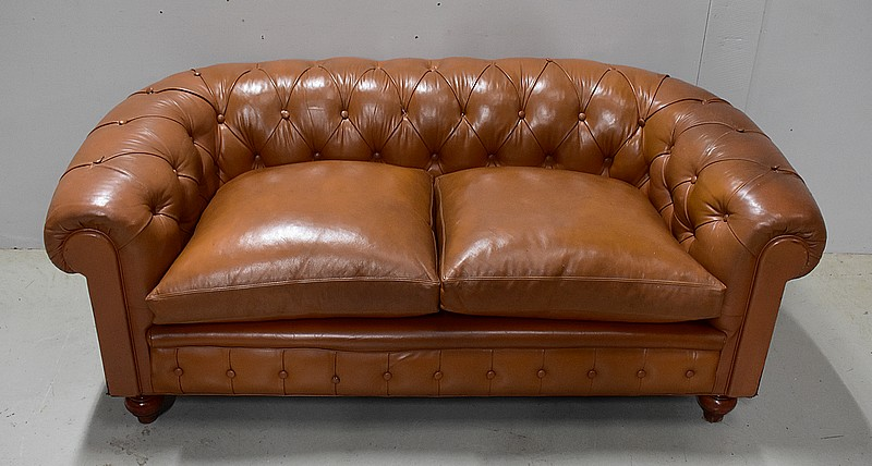 SETTEE DI CHESTERFIELD