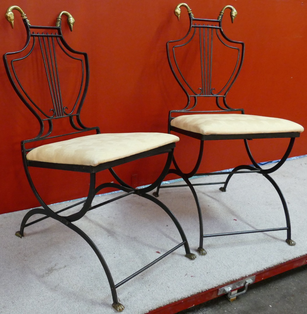 Pair of chairs Art Déco in bronze folder lyre