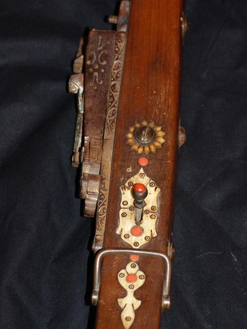 Rare very long muskhala rifle of Algeria circa xviii e xix century 180 cms